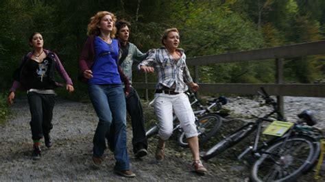 Sofie, lisa und kaja stellen mit großem spaß per kamera ihre heimatstadt lindau im blog vor. das bloghaus.tv - Staffel 2 - RC Release Company