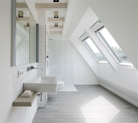 une salle de bain sous les toits mademoiselle d 233 co d 233 co