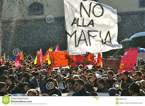 mafia corruption crime contro organized italy italian mob italia calca involved demonstrate groups dimostrazione against demonstration editorial