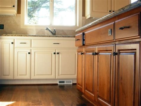 renover sa cuisine en chene faire repeindre sa cuisine travaux de rénovation de la maison
