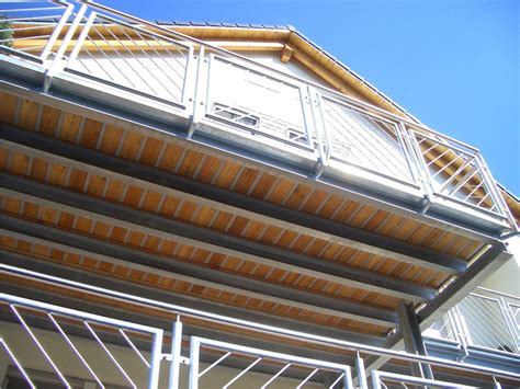 Holzbelag Für Balkon by Alpha Wing Wasserdichte Terrassen Und Balkone