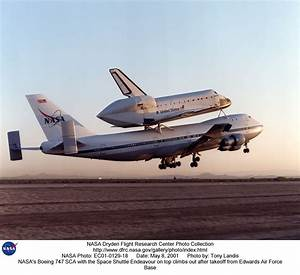 STS-100 EC01-0129-18: NASA's Boeing 747 SCA with the Space ...