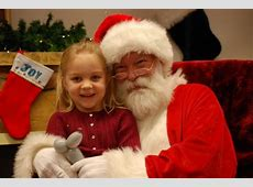 Super Holiday Boutique Free Photos with Santa & Olaf