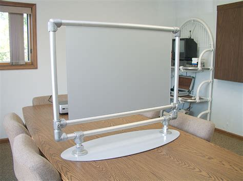 projector screen stand simplified building