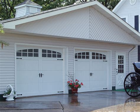 carriage house garage doors chi carriage house garage door models 5250 5251 5950 and