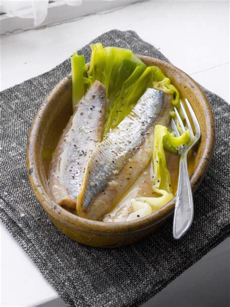 cuisiner des harengs frais harengs frais grillés à la moutarde pour 8 personnes