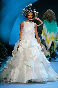 christian dior fall 2011 2012 couture wedding inspirasi With christian dior wedding dresses