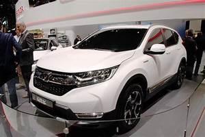 Véhicules électriques 2018 : salon de l 39 auto gen ve 2018 nouveaut s voitures lectriques et hybrides ~ Maxctalentgroup.com Avis de Voitures