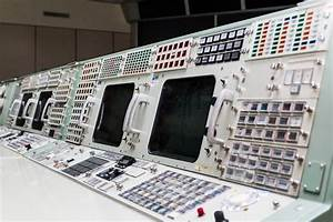 Apollo Flight Controller 101: Every console explained ...