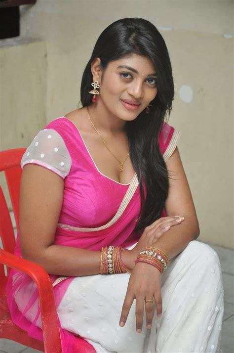 actress celebrities  telugu desi actress soumya