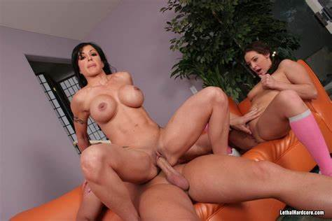 Trying To Lead A Ffm Fake Jewels Jade And Gracie Glam Share Pole In Threesomes Rammed