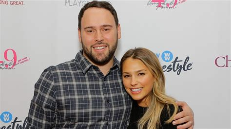 Scooter Braun's Wife Claps Back at Taylor Swift, Claims ...