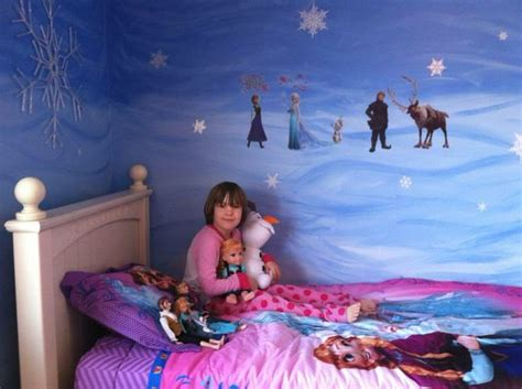 32 best images about frozen themed bedroom on pinterest