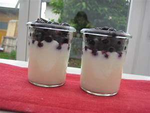 Rezepte Mit Schwarzen Johannisbeeren : kefircreme mit schwarzen johannisbeeren von patty89 ~ Lizthompson.info Haus und Dekorationen