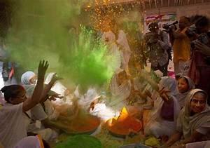 In pics: Indian widows breaks taboo, celebrates Holi