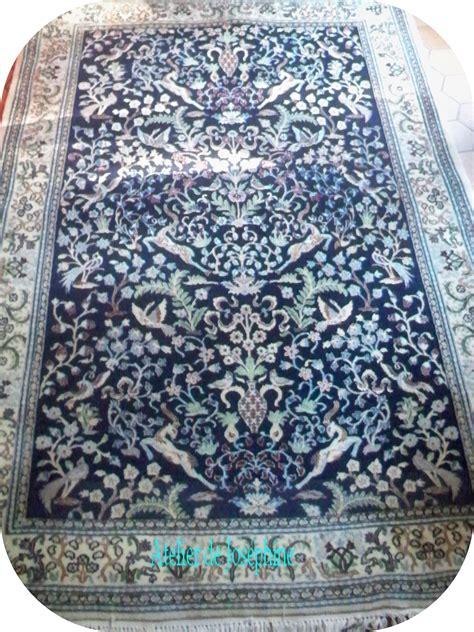 tapis peinture a l eau peinture tapis d orient bleu motif d iran le atelier de jos 233 phine