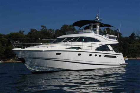 wave yacht charter details fairline squadron