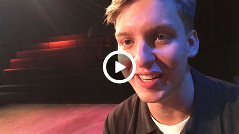 How Does George Ezra Cope With Criticism?