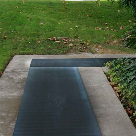 """Corrugated Fine Rib"" Rubber Runner Mats   The Rubber"