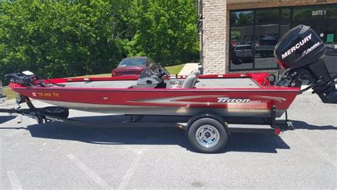 Triton Boats Dealers In Tennessee by Triton 19vt Boats For Sale In Tennessee