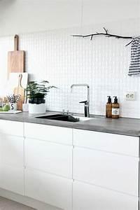 Fliesenspiegel In Der Küche : wandfliesen k che die r ckwand spielt eine wichtige rolle ~ Markanthonyermac.com Haus und Dekorationen