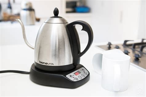 kettle water electric hard bonavita kettles gooseneck rated most pouring spout long thermometer temperature precision tested accurate internal offers had