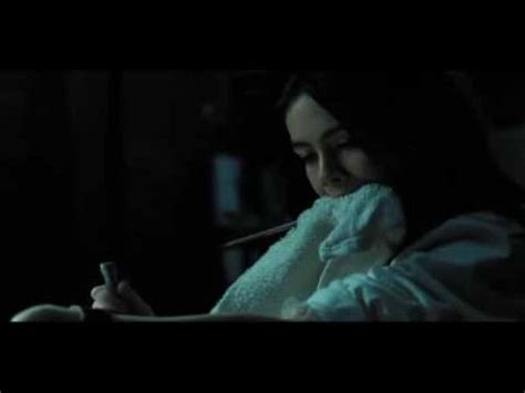 orphan esther breaking her arm - YouTube