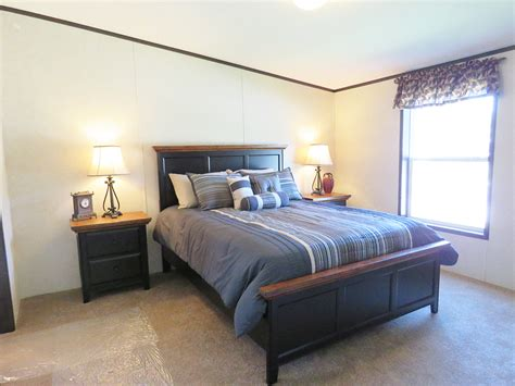 Td112a, Double Wide Manufactured Home, Master Bedroom