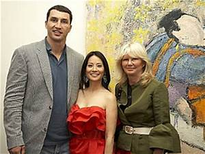 Chatter Busy: Lucy Liu Dating