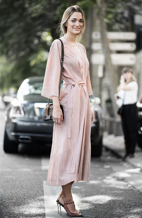20 Dusty Pink Outfit Inspirations For Your Wardrobe