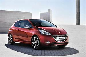 Photo Peugeot 208 : peugeot 208 gti car interior design ~ Gottalentnigeria.com Avis de Voitures