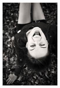 Great idea for a profile pic or even Senior Portriats... :) | Portrait photography, Photography ...