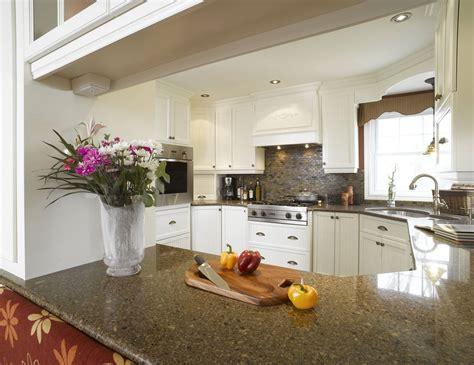 cuisines bois blanche armoire cuisine bois érable granit
