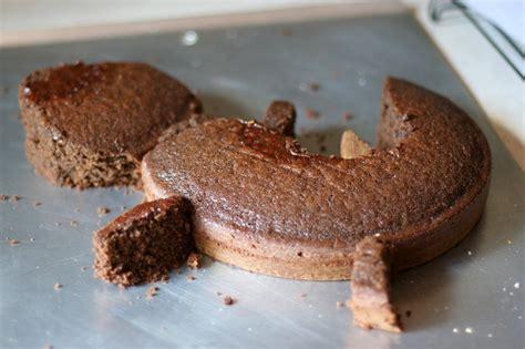 request joshuas gecko cake  frugal girl