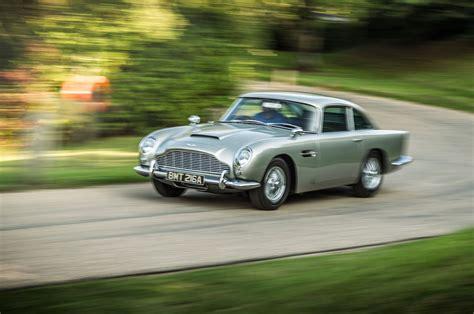 Driving James Bond's Aston Martin Db5, Dbs