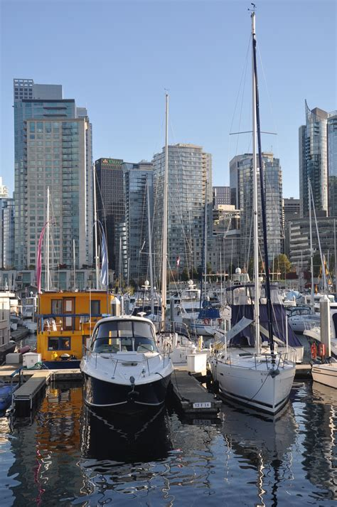 Small Boat Rental Downtown Ta by Contact Downtown Suites Ltd