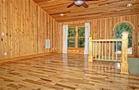 Maple Hardwood Flooring Pros And Cons by Hickory Flooring Pros And Cons Alyssamyers