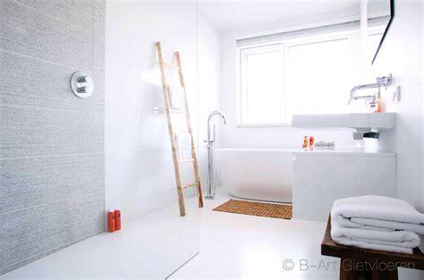 gietvloer badkamer op hout gietvloer in uw badkamer zijn warm en zacht onder de voeten