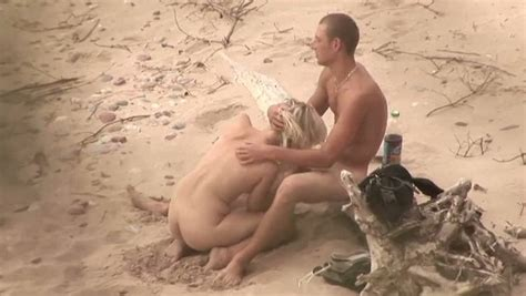 Voyeur Sex Video From The Public Beach With Hot Couple