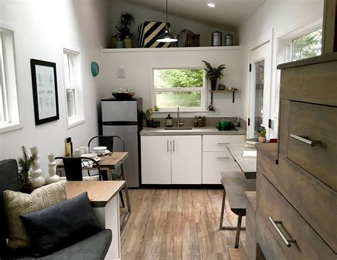 midcentury modern  tiny heirloom tiny living