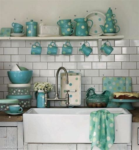 Red And Turquoise Kitchen Accessories Decoredo
