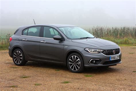 Fiat Tipo Hatchback 2016 Photos Parkers