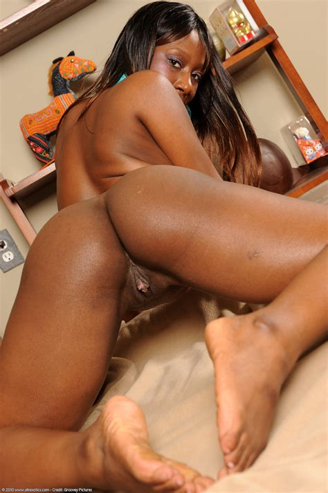 Kenya Ebony Daughter