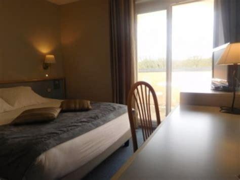chambre hotel canile au relais de l 39 oust hotel josselin voir les tarifs 34