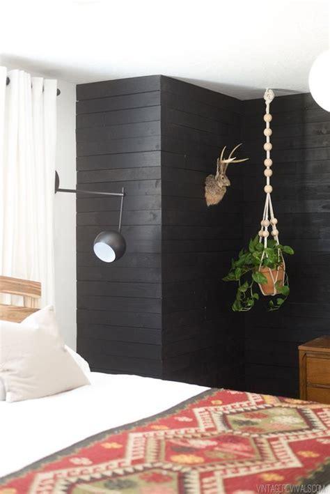 black shiplap panelling oleander palm