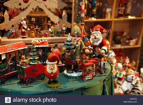 christmas toys  decorations   store window display