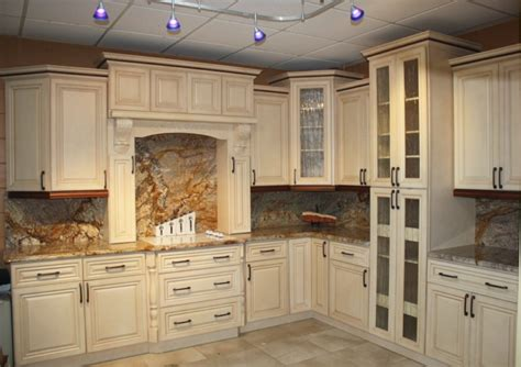 5 Gorgeous Pairs For Antique White Cabinets Midcityeast