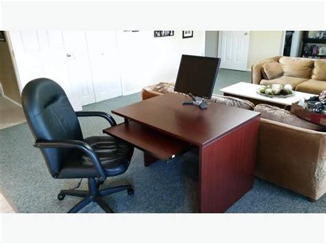 computer desk chair and floor mat nanaimo nanaimo