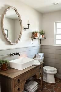 Fixer Upper Badezimmer : episode 14 the hot sauce house bathrooms badezimmer rustikal badezimmer badezimmerideen ~ Orissabook.com Haus und Dekorationen