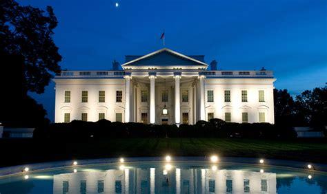 witte huis personeel doet boekje open presidenten - Het Witte Huis In Amerika